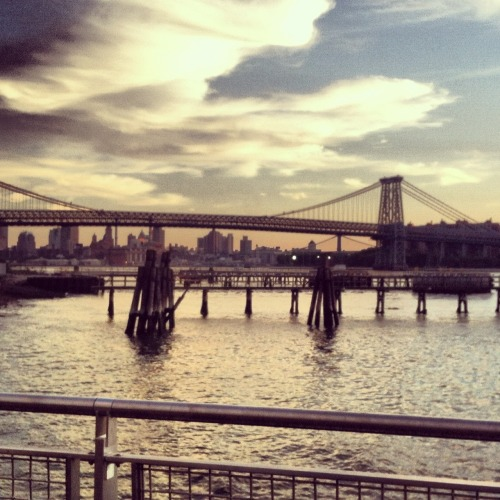 Taken last night on my first adventure into Brooklyn <3
