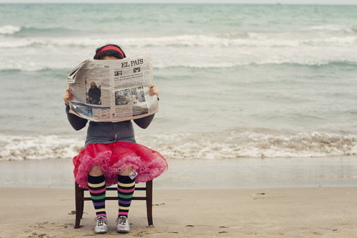 4/12. Periódico-Newspaper by Isabel Pavía on Flickr.