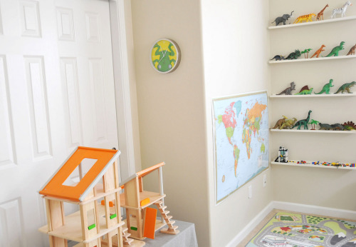 (via All sizes | oregon home :: playroom | Flickr - Photo Sharing!)