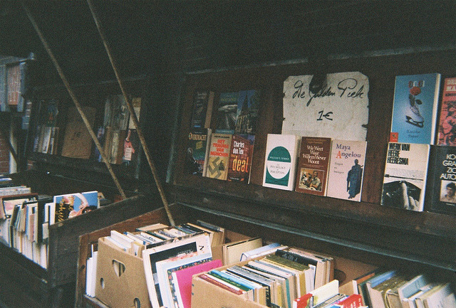 soulltosqueeze:  Market stall by Tom Selwyn-Davis on Flickr.