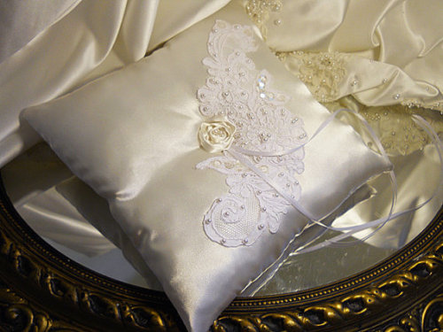 Wedding Lace Ring Bearer Pillow, handmade of ivory satin and off white wedding lace.