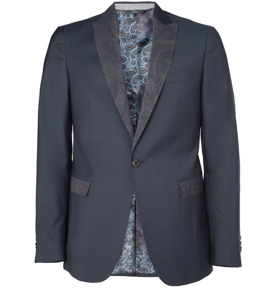 OUR PICK OF THE WEEK- Etro Paisley dinner jacket With the MR PORTER sale now turned all the way up to 80%,Styleternity presents the last round in our reduction themed picks of the week. This week, our selected pick is this beautiful paisley motif dinner jacket by Kean Etro, from the eponymous brand famed for 'brave and bold' detail in color and prints. Detailed with the brand's famed paisley motif, the print adorns both the jacket's peaked lapels and flap pockets. Despite its designation as a dinner jacket, this handsome take on the classic DJ is versatile enough to be paired on off-days with sneakers and soft tailored trousers. Add a similarly printed bow tie to this jacket (in a different size scale) to achieve a debonair alternative to the traditional tuxedo for maximum effect. Available for a limited time at MR PORTER STYLETERNITY
