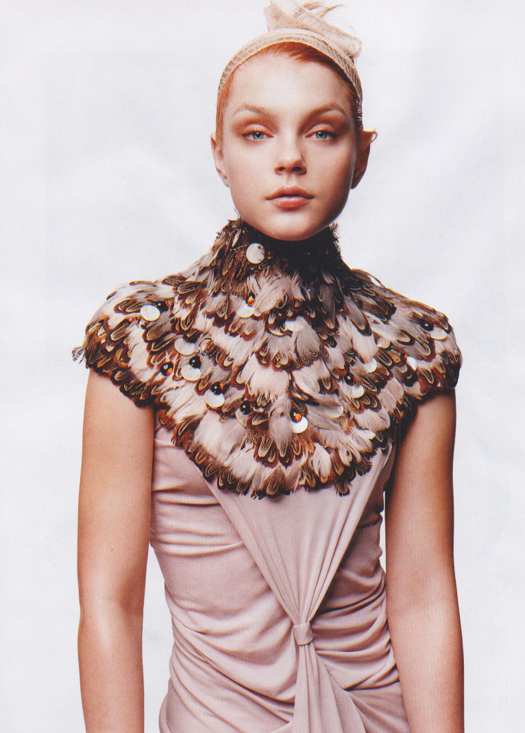 "adjectival:  ""Bold, Beautiful Pieces"": Jessica Stam by Thomas Schenk for Harper's Bazaar, December 2004"