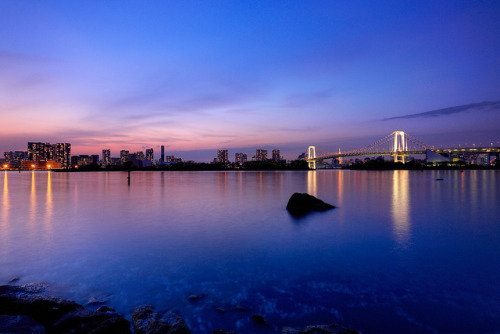 The Evening of Odaiba by chibitomu on Flickr.