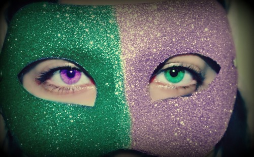 peacelovebeautyfriends:  Green and Purple :D Yours truly