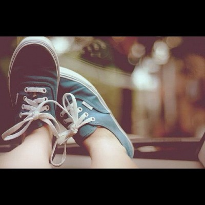 Vans babey #vans#shoes#lovethis #feet#navyvans#fashion#loveableshoes#omfgiwantone  (Taken with Instagram)