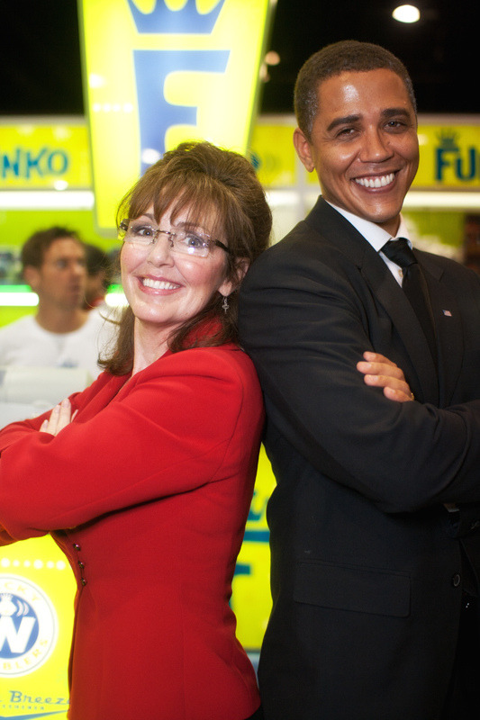 cosplayingwhileblack:  X Characters/Celebrites: Sarah Palin & Barrack Obama  WAIT I THOUGHT THAT WAS ACTUALLY PALIN WHAT