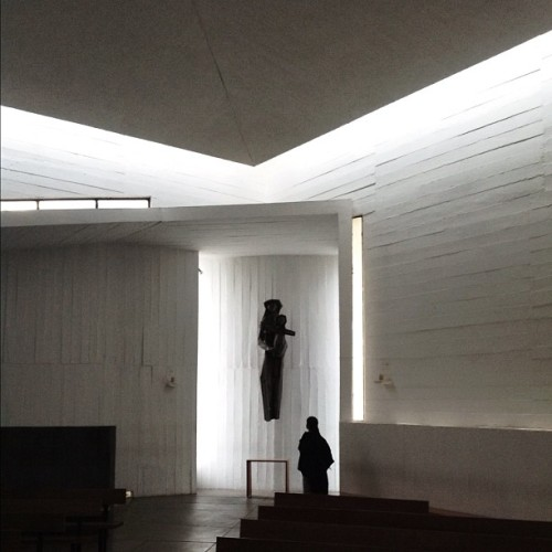 Light and space inside the Benedictinos #Chapel #architecture #chile #santiago #archdaily #instagood #iphonesia #architecturalphotography #architexture (Taken with Instagram)