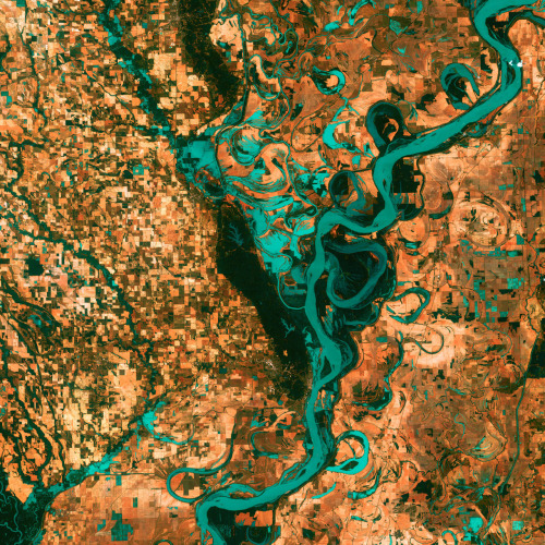 un:  (via ignisfatuus)  The Mississippi River