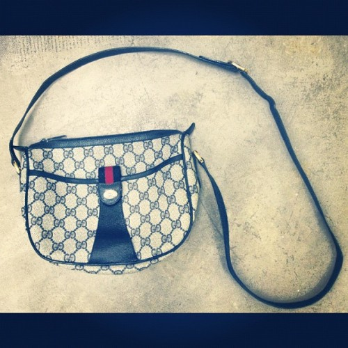 #GUCCI crossbody #vintage #fashion  (Taken with Instagram at The Exchange)