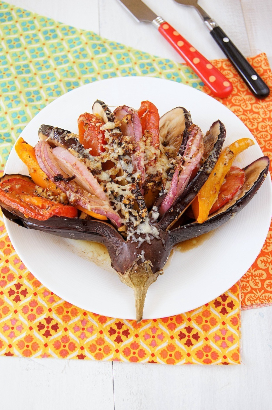 beautifulpicturesofhealthyfood:  Grilled vegetables with balsamic dressing and parmesan - Very bright and healthy dish, with vivid colors of different vegetables and delicate aroma of balsamic dressing. Even if you are new to cooking, you cam make it easily…RECIPE