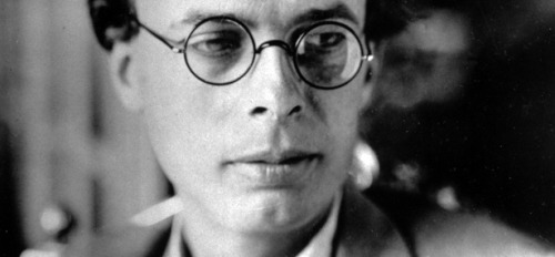 theatlantic:  Happy Birthday, Aldous Huxley: A Rare, Prophetic 1958 Interview  It's extremely important, here and now, to start thinking about these problems—not to let ourselves be taken by surprise by the new advances of technology. […] We can foresee, and we can do a great deal to forestall. After all, the price of freedom is eternal vigilance.  Read more. [via Brain Pickings]