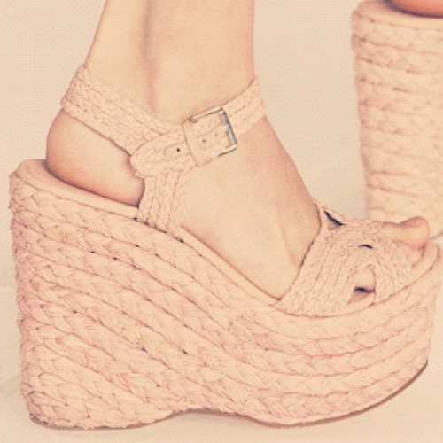 Fashion Fact: Espadrilles originated in the Basque region of Spain during the 13th century. The flat shoe was commonly worn by soldiers + peasants and was made out of rope drawn from a cactus plant.  In the 1960s, Yves Saint Laurent took the style to new heights by producing the first custom wedge version of the espadrille we know and love today. Thanks Yves! #fashionfact #espadrilles #shoes #fashion #heels #history #yvessaintlaurent #basque #style #wedges #ifyoudontknownowyouknow #coffeetalk  (Taken with Instagram)