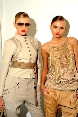 Backstage @ Gucci - Spring/Summer 2011