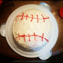 #dadsbirthdaycake #messy #baseball #lovemydad (Taken with Instagram)