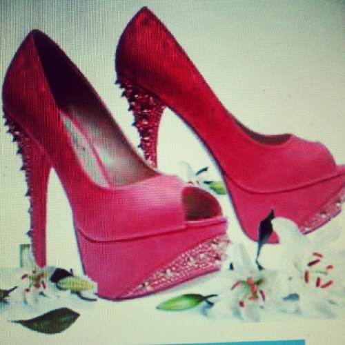 I hate heels but i will wear these whore shoes…