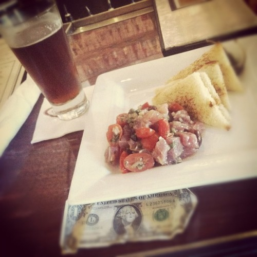 $1 & Ahi Tuna Crudo with a Stone Levitation Ale http://moneyfood.tumblr.com #moneyfood #juryduty (Taken with Instagram at Currant @ The Sofia Hotel)