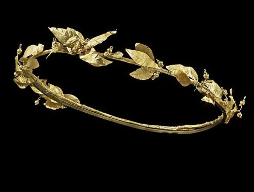 Greek Laurel Wreath (c. 3rd-1st century BC)  In ancient Greece, wreaths were awarded to victors, both in athletic competitions and in poetic meets, and has become a symbol of power and accomplishment.  Photo from the Ariadne Galleries.