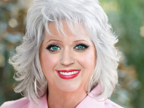 placesweusedtogo:  WHAT. THE. HELL. GUYS.  Someone replaced Paula Deen's face with a Franken-face. Shittiest photoshop job ever.