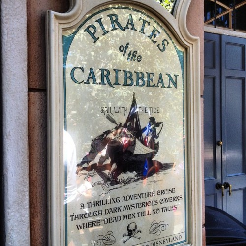 zangerjake:  #disneyland #neworleanssquare #pirates #Caribbean (Taken with Instagram)