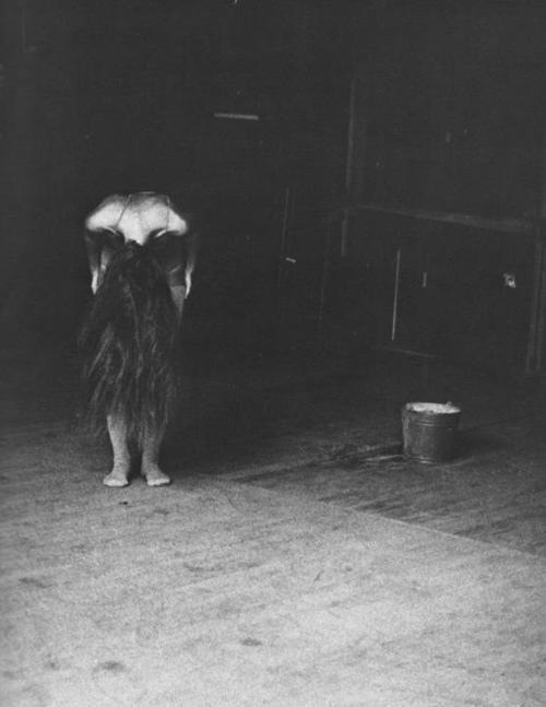 inneroptics:   Deborah Turbeville  your-uncanny, you run such an incredible blog. I always look forward to your offerings. Thanks for appreciating my stuff, too. :)