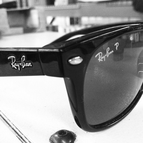 Just treated myself to a new pair of Ray Bans :D