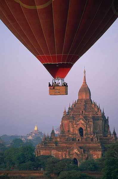 Travel bucket list: take a hot air balloon ride over the beautiful temples of the ancient city Bagan, Myanmar.