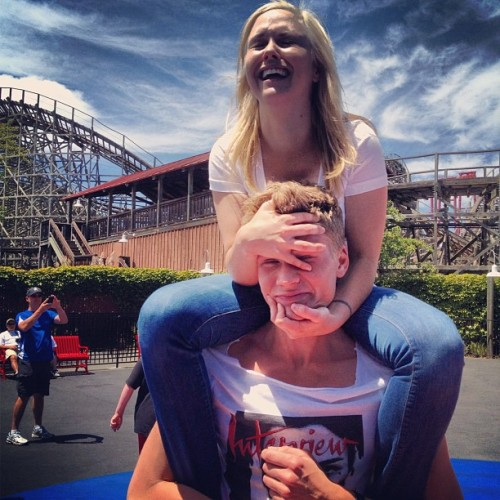 Put me down! Put me down! —- #sixflags #themepark #california #giant #blondes have more #fun (Taken with Instagram)