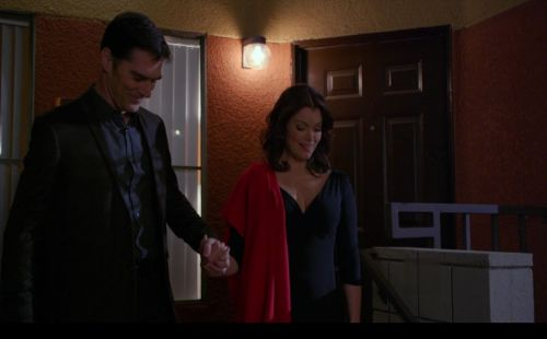 Hotch and Beth's first date, the first time they held hands.  Posted just to bring a smile to my face.