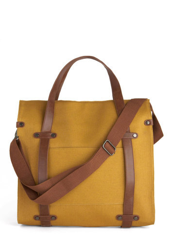 Roomy and stylish? We'll take it. Meet our Camp Director Tote.