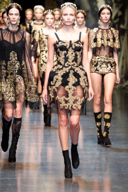 oroblack:  Dolce & Gabbana Fall/Winter Collection 2012/13 Absolutely in Love.