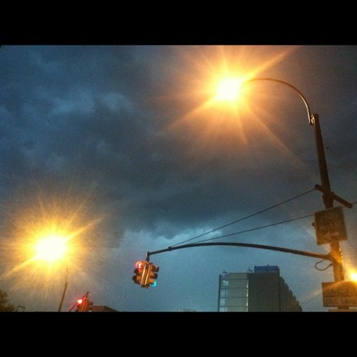 #severe #thunderstorm #hellfire #2012 #brooklyn #weather #nofilter  (Taken with Instagram)