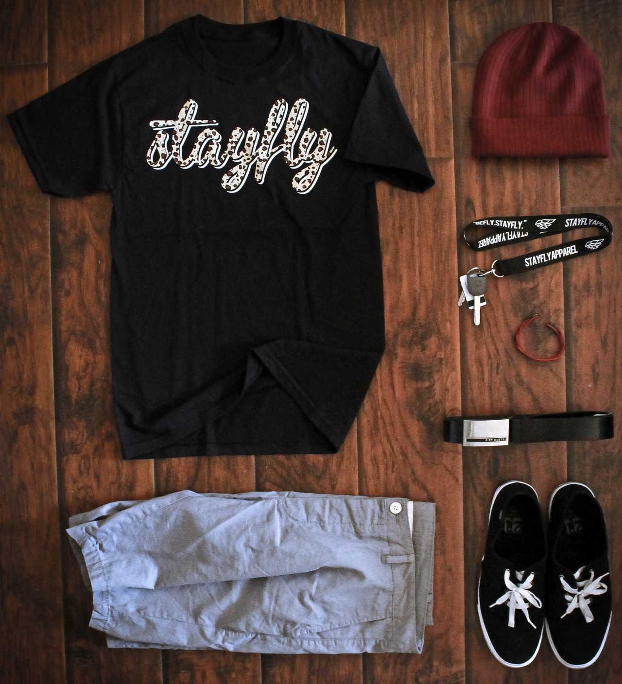 stayfly black signature leopard teeh&m grey short pantsmaroon beanie from f21stayfly lanyardred and black braceletblack guess beltblack low-cut shoes