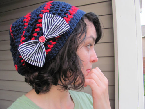 the finished hat is totally adorbs!!! I love collaborating :)  —-»buy it here!!«—-
