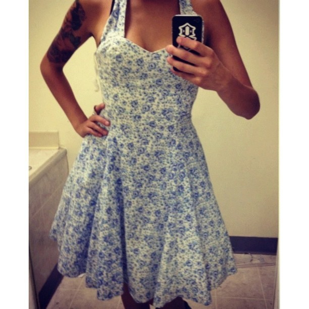 msemmalee:  $7 find! My new Susie Homemaker dress :) (Taken with Instagram)  cute!