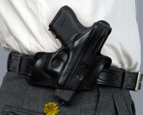 thejogging:  CONCEALED CARRY FLOWER POWER, 2012 Performance ~