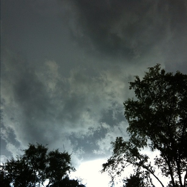 folgeniherebliss:  Watching the clouds take over. #storm #arkansas #arwx (Taken with Instagram at Hot Springs)