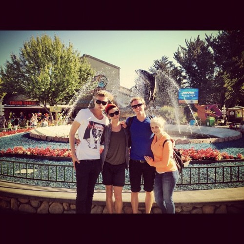 our #tourist #fountain photo —- #sixflags #themepark #california  (Taken with Instagram)