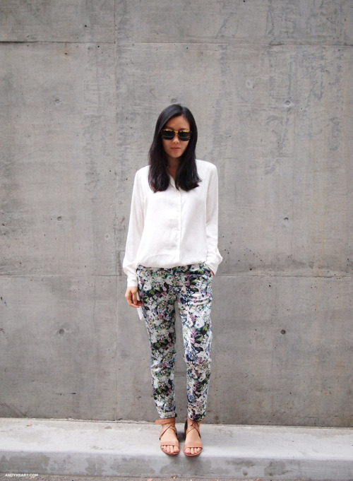 what-do-i-wear:  TOP H&M similar here / SUNGLASSES KAREN WALKER / PANTS ZARA similar here / SHOES POUR LA VICTOIRE similar here  (image: andyheart)