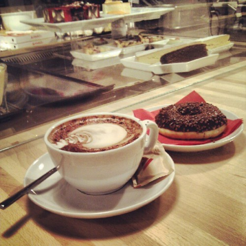 #Cappuccino and #Donut the #good #way to #start each #day with a #smile. (Scattata con Instagram presso RED laFeltrinelli)