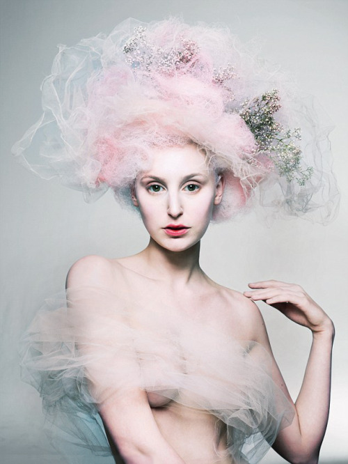 suicideblonde:  Laura Carmichael photographed by Mert and Marcus for Love #8 Gossamer, floaty, pale perfection!  Lady Edith, we hardly know thee!