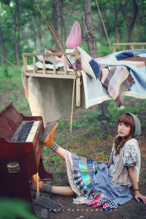 quietlovelyandgood:  森ガール on We Heart It. http://weheartit.com/entry/33112242