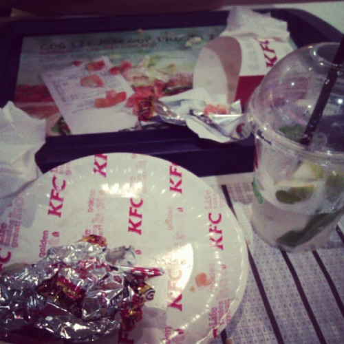 #KFC #meal  #menu #mess #crispy #mojito (Taken with Instagram)