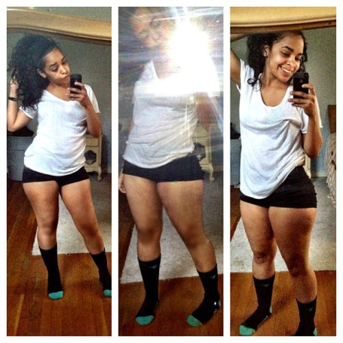 allthickwomen:  @loraynay Just a regular chick with outstanding thickness