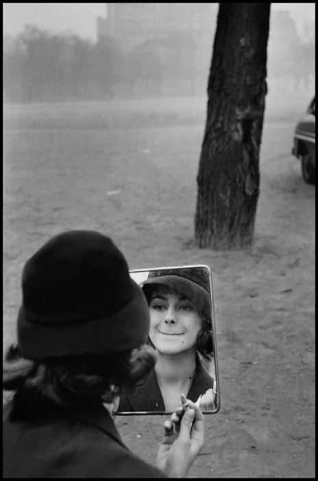 by Elliott Erwitt in Paris, 1958