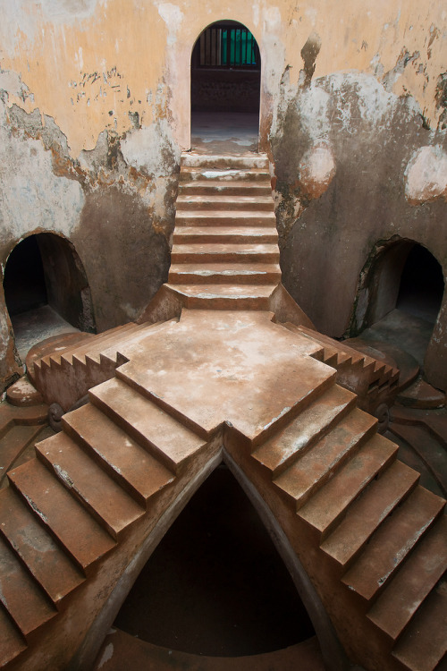 Stairs at the water palace by Peter Nijenhuis on Flickr.