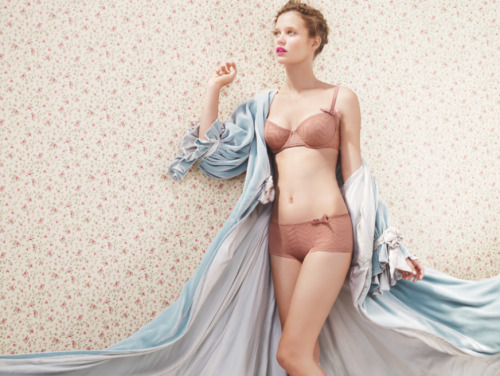 journellelingerie:  Huit Lucky Doll