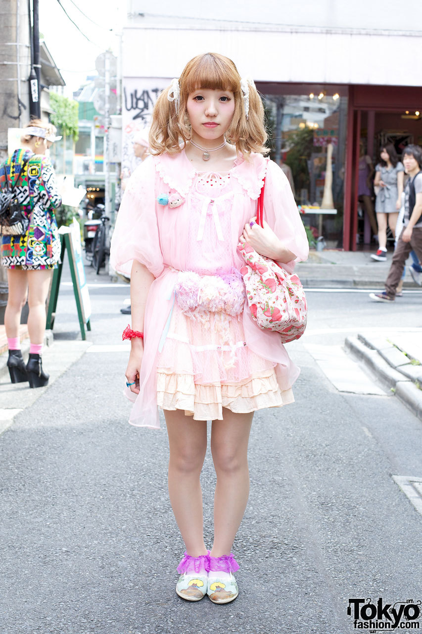 Kinji robe, ruffled skirt & Strawberry Shortcake bag in Harajuku.