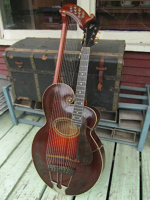 c.1918 Gibson Style U Harp Guitar. Oh my! More pictures on Antebellum Instruments.