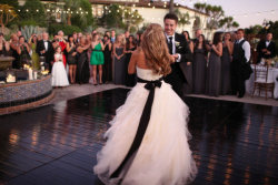 cozed:  dickeymouse:  i love the idea of the black bow on a wedding dress  Can't wait to get married